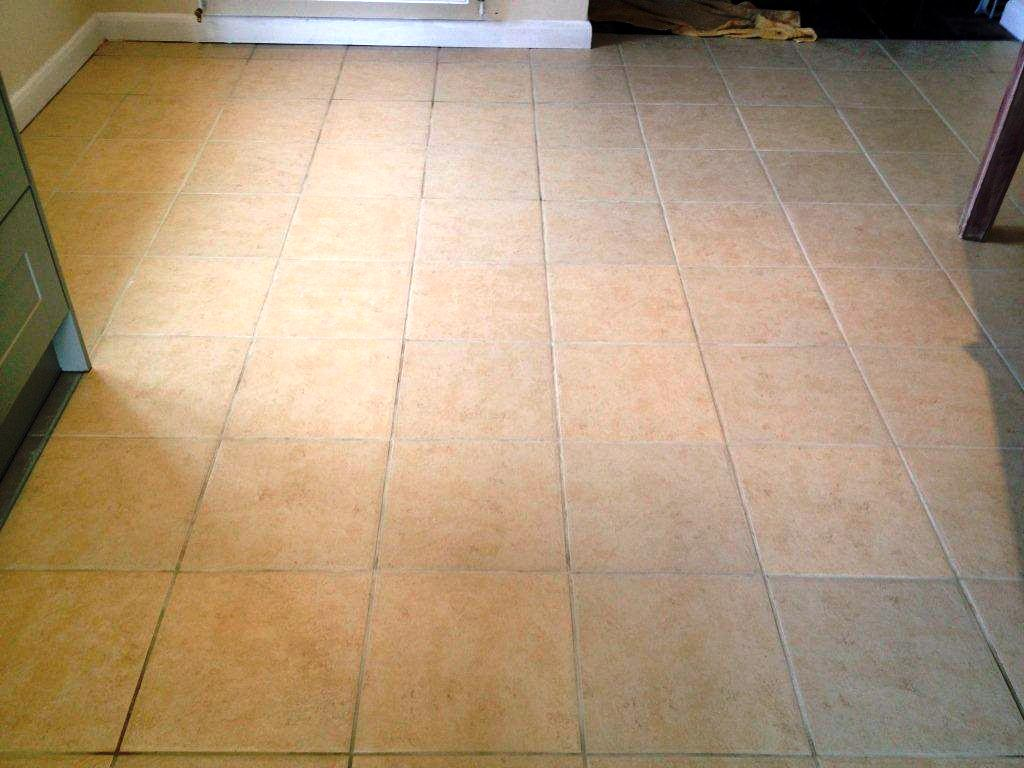 Tiled floor oxfordshire tile doctor tarmac stains on ceramic tile in long hanborough after dailygadgetfo Choice Image