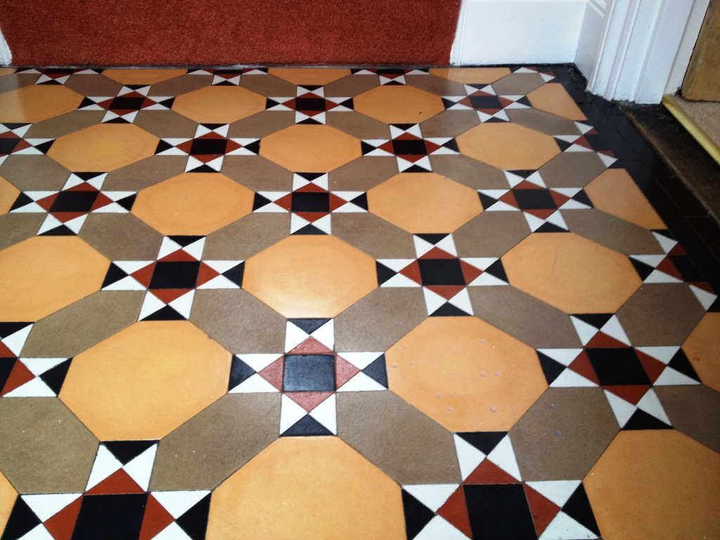 Victorian Tiled Floor Thame After Cleaning and Sealing 2