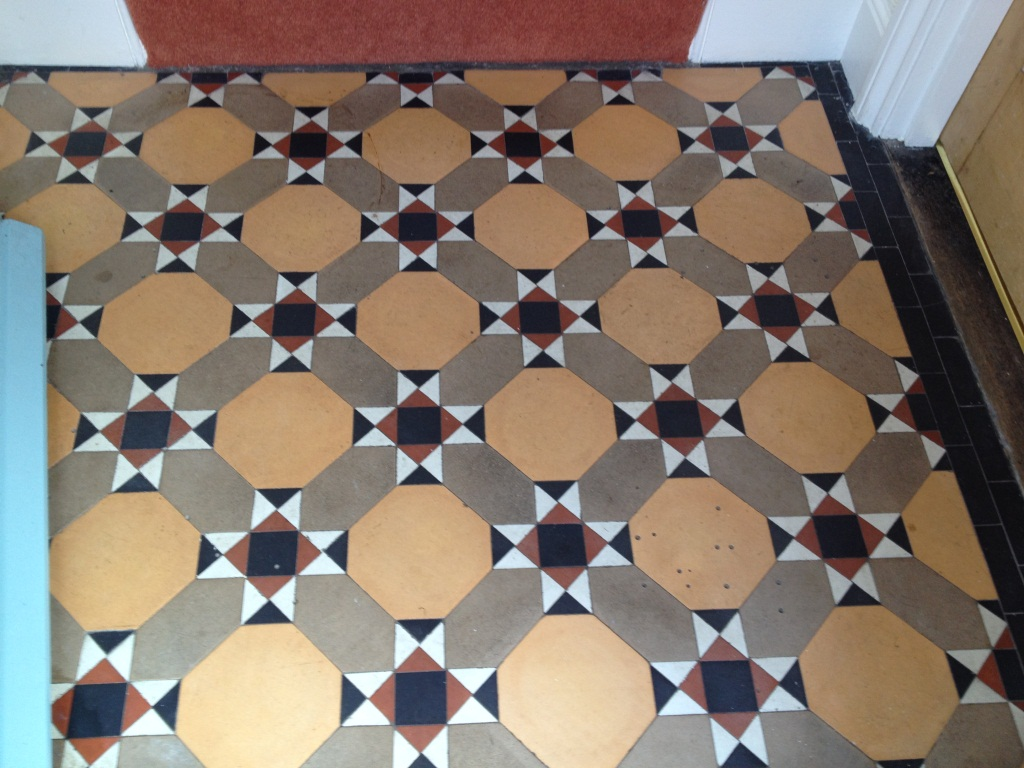 Victorian Tiled Floor Thame Before Cleaning 1