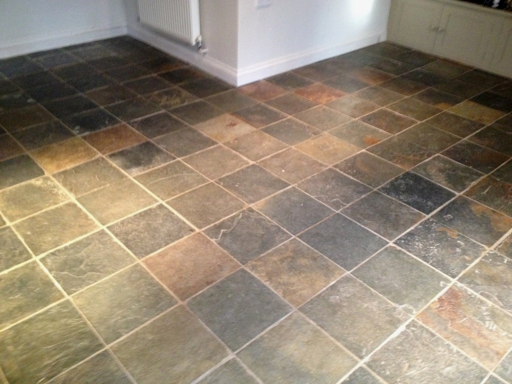 Cleaning Multi Coloured Slate Tiled In A Barnard Gate Kitchen Oxfordshire Tile Doctor