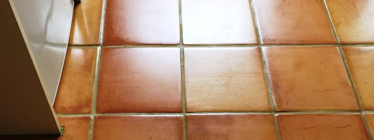 Cleaning and Sealing a Terracotta Tiled Floor in Oxford