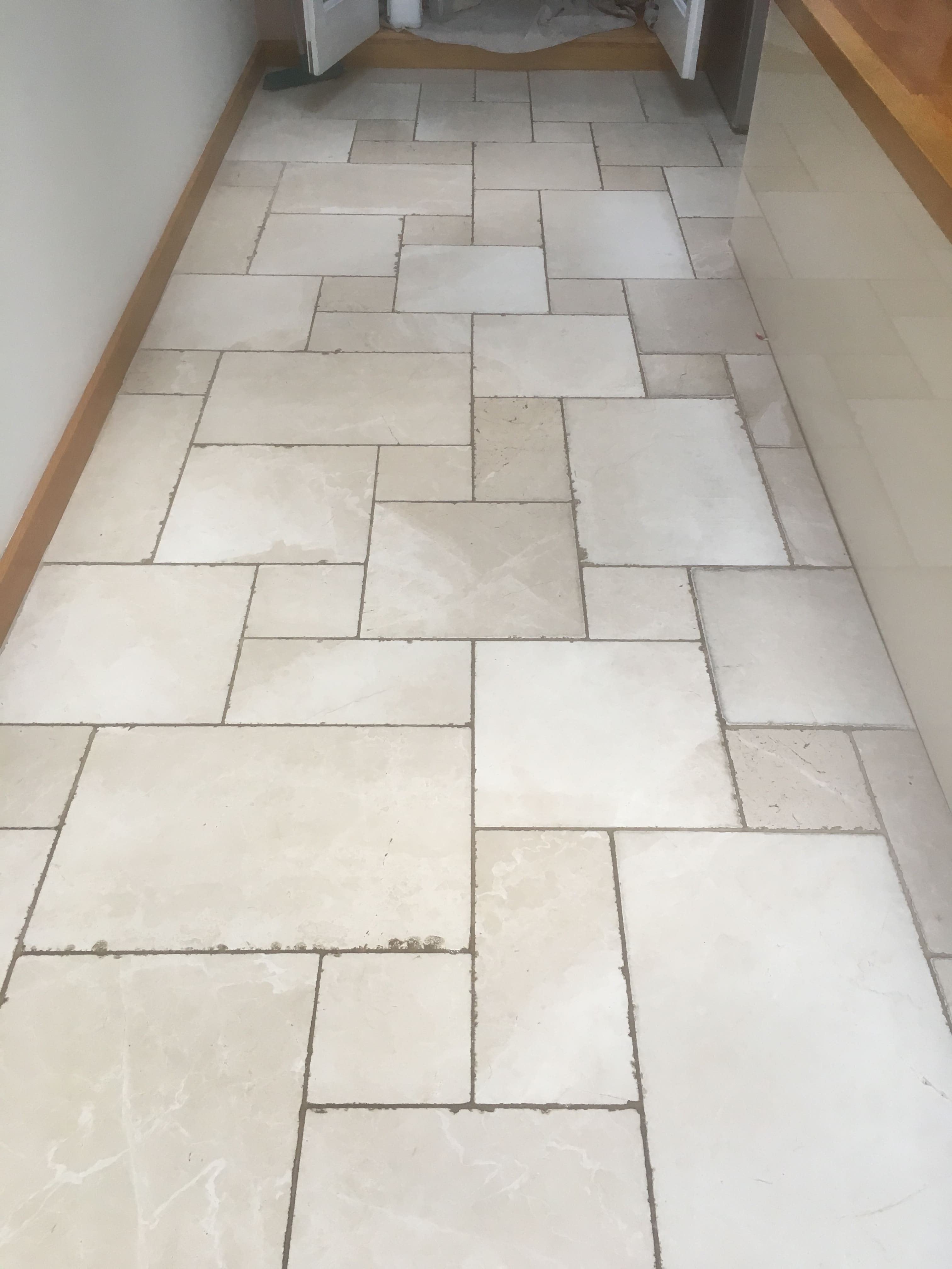 Honing A Tumbled Marble Floor In Oxford Marble Tile Cleaning And Polishing